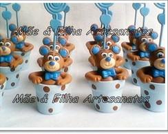 Urso Marrom e Azul no vaso