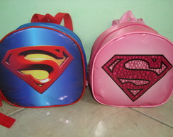 Mochilinha Super Man e Super Girl