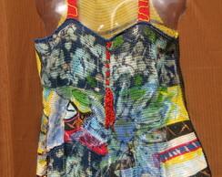Blusa Floral Abstrata em Croch�