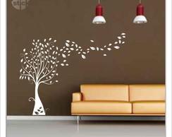 �rvore com folhas