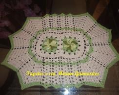 Tapete Croch� com flor cataventos verde