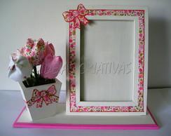 porta retrato com vasinho de flores