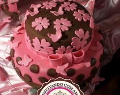 Bolo decorado marrom e rosa
