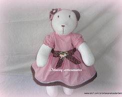 Ursa de pano marrom com rosa