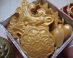 Caixa com sabonetes natalinos