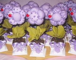 Centro de mesa flor de fuxico