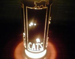 Lumin�ria Cats
