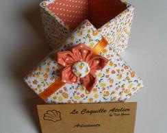 Caixa forrada tecido floral