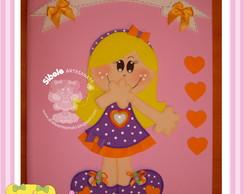 caderno menina encabulada com placa
