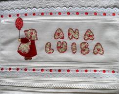 Toalha de Lavabo com Boneca em Patch