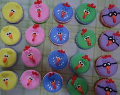 Cupcakes, biscuit, galinha pintadinha