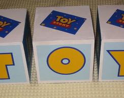 Cubos Toy Story p mesa de festa
