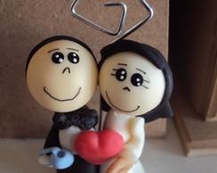Casal com xicara