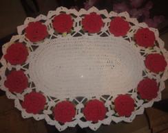 tapete oval flores vermelhas
