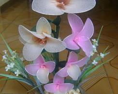 Vaso com flores de meia de seda