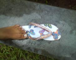 chinelos em decoupage com tiras bordadas
