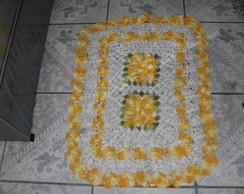 tapete duas flores amarelo