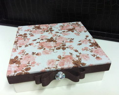 Caixa Floral Rosa e Marrom