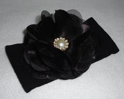 Faixa De Meia preta flor de cetim