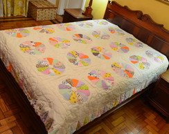 Colcha Patch Quiltada � m�o - Dispon�vel