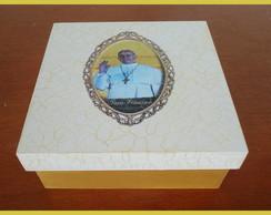 Caixa Papa Francisco 15x15
