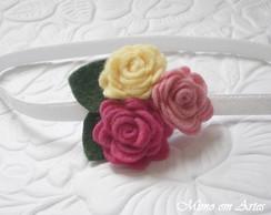 Pequenas flores de feltro