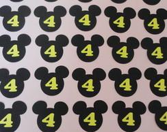 "Cabe�as ""Mickey"""