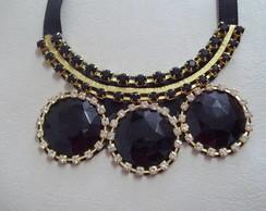maxi colar preto e dourado VENDIDO