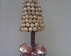 pinheiro de moranguinho dourado medio