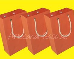 Sacola de papel cor laranja 15x24x7 cm