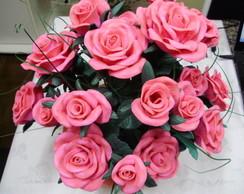 cesta com rosas em eva