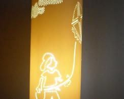 Lumin�ria em PVC Menino com pipa