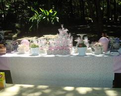 Decora��o de mesa tema Flores ou Picnic