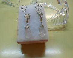 Brinco em fio de prata e quartzo rosa