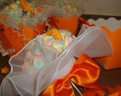 Buqu� de marshmallows laranja