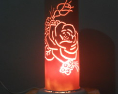 Lumin�ria em PVC Rosa.