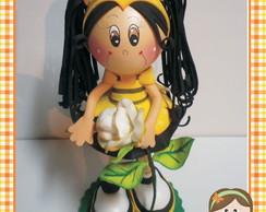 Boneca em e.v.a abelhinha