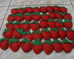 Chaveiro de feltro morangos