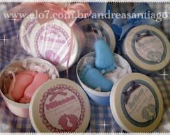 Latinha esmaltada pezinhos de sabonete