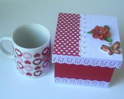 Caixa Vermelha c/ Caneca Cora��es