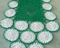 Caminho de mesa retangular em croch�