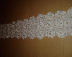 caminho de mesa em croch� branco