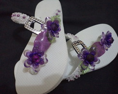 chinelo bordado com 2 flores
