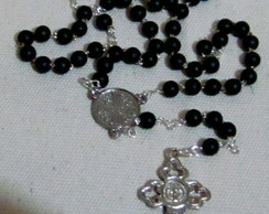 Ter�o/colar Preto Resina Matheus III