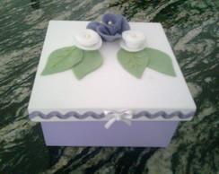 Caixa Flor de Feltro Lil�s.