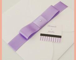 Convite envelope branco com la�o lil�s
