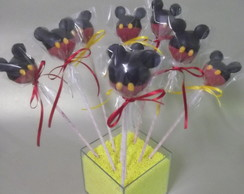 25 Cake pops ( bolo no palito) do Mickey