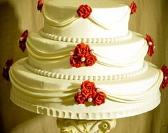 Bolo de casamento biscuit