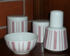 KIT HIGIENE PE�AS EM PORCELANA LISTRAS