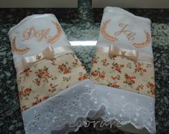 Toalhas bordadas e personalizadas....